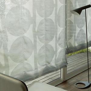 アスワンの北欧風レースカーテン クレメンツ グレーの使用画像
