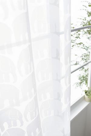 フィンレイソン(Finlayson)ミラーレースカーテン エレファンティ 1枚入【北欧インテリア/UVカット/遮熱】のディスプレイ画像