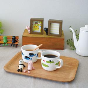 デコレ(DECOLE)concombre まったりフライングマグのキャットとフロッグを含めた雑貨【洋食器/マグカップ】の使用画像