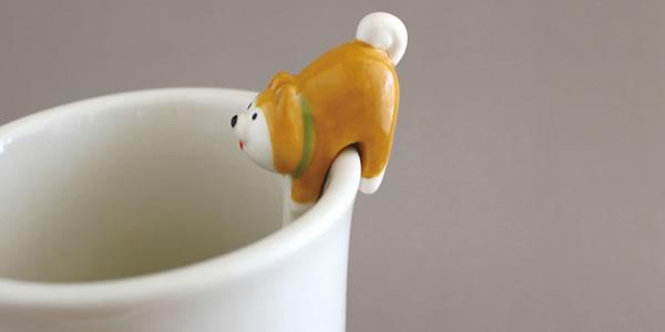 デコレ(DECOLE)お尻スプーン【柴犬とハチワレ猫/キッチン雑貨】から柴犬のアップ画像