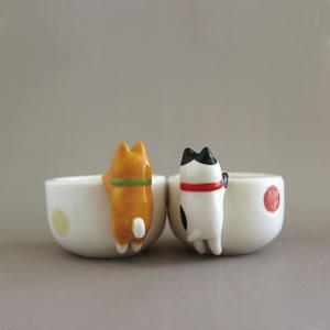 デコレ(DECOLE)ひょっこりお猪口【柴犬とハチワレ猫/キッチン雑貨】の使用画像