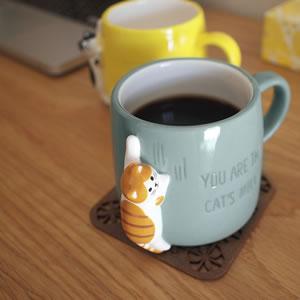 デコレ(DECOLE)HAPPY CAT day つめとぎマグ【食器】の使用画像