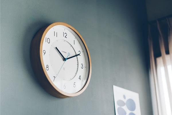 掛け時計 トゥッカ(Tukka)【北欧/木製/インテリア】ナチュラルの使用画像