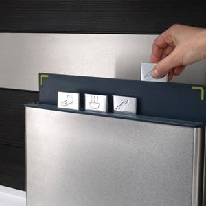ジョセフジョセフ(josephjoseph)インデックス付まな板100【キッチン収納】のまな板使用画像