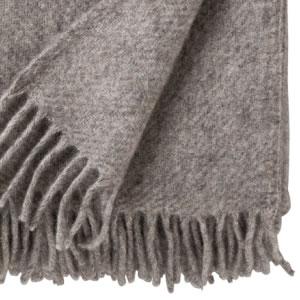 クリッパン(KLIPPAN)スローケット ゴットランド W130×L200cm【北欧雑貨】グレーの使用詳細画像