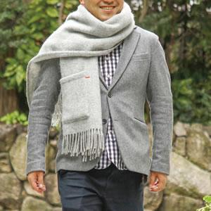 クリッパン(KLIPPAN)ストール ベーシックウール 2ポケット【おしゃれ/北欧ファッション】ライトグレーの使用画像