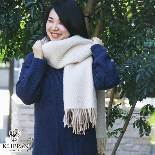 クリッパン(KLIPPAN)ストール タンゴ ポケット無し【おしゃれ/北欧ファッション】ボルドーの使用画像