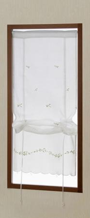 小窓用カフェカーテン マーガレット 使用画像1