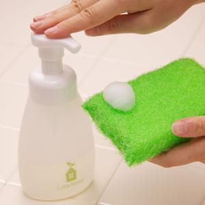 ロッタホーム(Lotta Home) フォームボトル【キッチン洗剤用】の使用画像