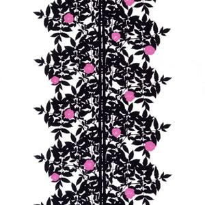 マリメッコ ファブリック ルースプー(Ruusupuu)【北欧雑貨/北欧生地】ブラックの画像