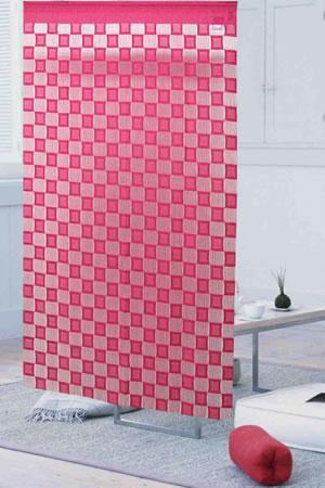 ファニーストリングカーテン チェス 95×176cm【パネルカーテン/北欧】ピンクの使用画像