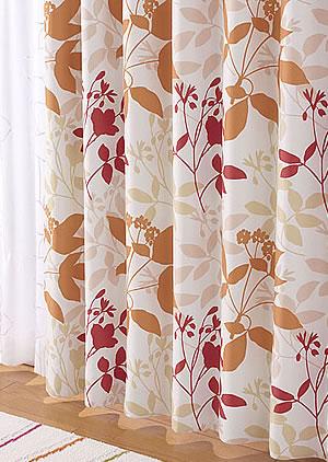 スミノエの北欧風遮光カーテン フローラ ピンク 1枚入【北欧インテリア】の使用画像