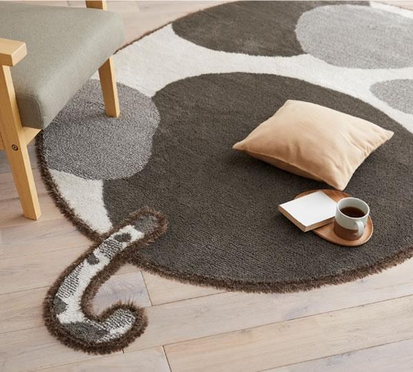 ラグマット ブチマル(BUCHIMARU)【猫/おしゃれ/通年】ブラック 130×185cmの使用画像