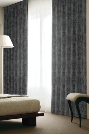 スミノエの遮光カーテン チャーチ使用画像