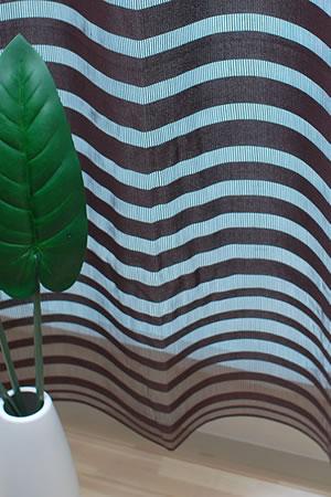 ファニーストリングカーテン アーバン(urban) 95×176cm【パネルカーテン/北欧風】ブラウンの使用画像