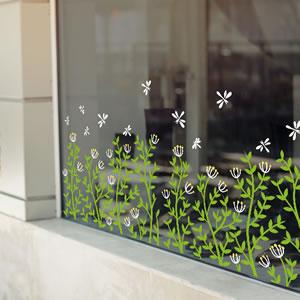 ウォールステッカー お花畑 TMR【窓ガラスOK/北欧インテリア】の使用画像2