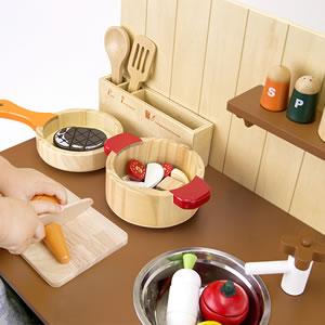 ウッディプッディ はじめてのおままごと マイキッチン【おもちゃ/キッズ/ギフト】のお料理画像