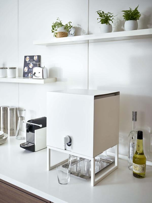 バッグインボックススタンド タワー【キッチン収納/おしゃれ】ホワイトの使用画像
