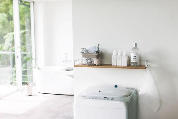 洗濯機上ウォールシェルフ タワー【洗濯用品/おしゃれ】ホワイトの全体画像
