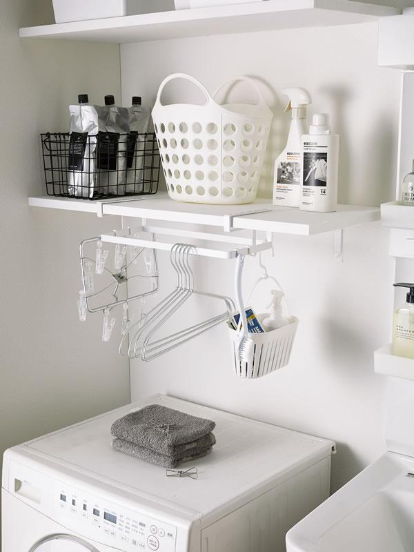 棚下ハンガー収納 タワー【洗濯収納/おしゃれ】ホワイトの使用画像