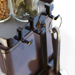 調味料ラック 3段 スリム タワー(ストッカー2個付)【キッチン収納/おしゃれ】ブラックの詳細使用画像