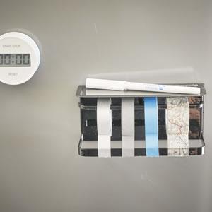 マグネットマスキングテープホルダー タワー【キッチン収納/おしゃれ】ブラックの使用画像