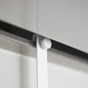 レンジフード調味料ラック タワー【キッチン収納/おしゃれ】ホワイトの取り付け部分画像