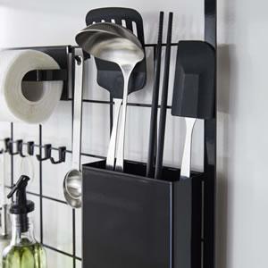 レンジフードメッシュパネル タワー【キッチン収納/おしゃれ】ブラックの使用画像
