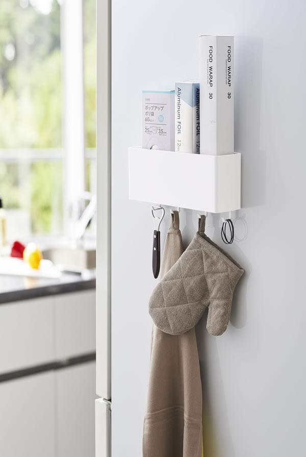 マグネットストレージボックス タワー ワイド【キッチン収納/おしゃれ】ホワイトの使用画像