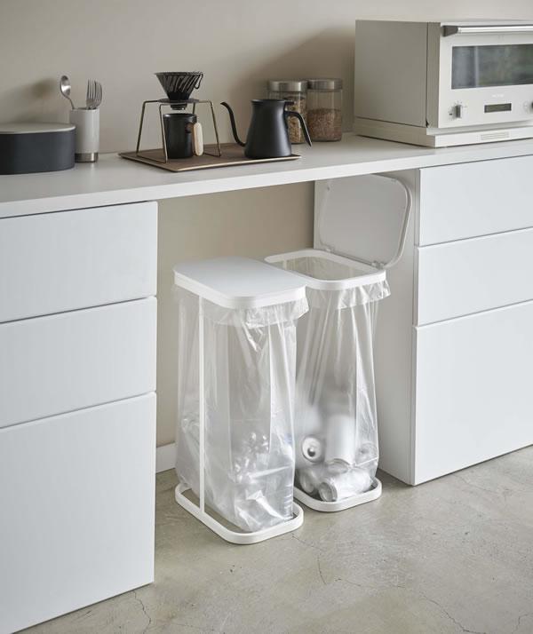 横開き分別ゴミ袋ホルダー ルーチェ【キッチン収納/おしゃれ】ホワイトの使用画像