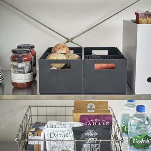 ベジタブルストッカー タワー【キッチン収納/おしゃれ】ブラックの使用画像