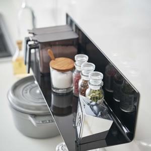 マグネットキッチン棚 タワー ワイド【キッチン収納/おしゃれ】ブラックの使用画像