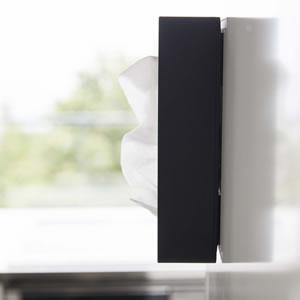 前から開くマグネットボックスホルダー タワー【キッチン収納/おしゃれ】ブラックの使用画像