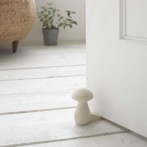 ドアストッパー マッシュルーム ホワイト【玄関/インテリア雑貨】の使用画像